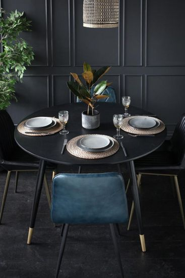 Lincoln Dining Table
