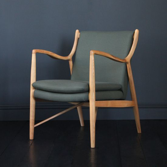 Syracuse Inspired Sofa Chair in Ash