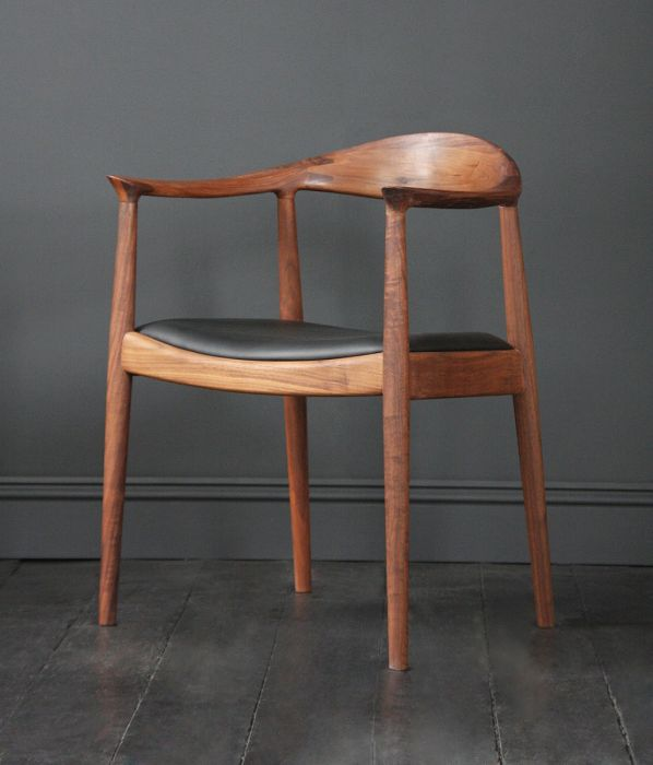 VARIATION & HANS WEGNER STYLE KENNEDY CHAIR IN AMERICAN WALNUT