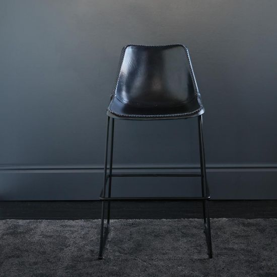 Deluxe Road House Bar Stool with Blue Leather Seat Black Metal Base 67 cm