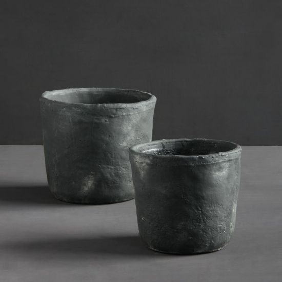 Concrete Plant Pots Set of 2 Flower Holder Planters for Garden Gerd Black