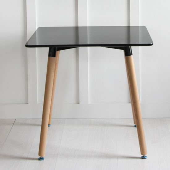 Jamie Black Table Natural Leg, 80 x 80