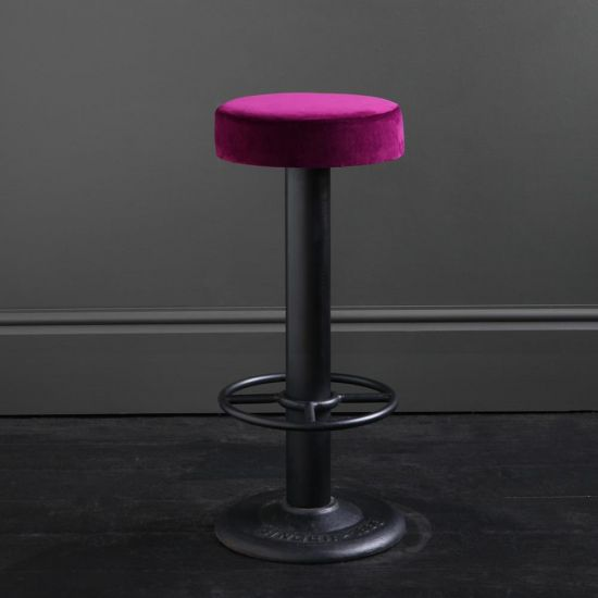 Pole Bar Stool - Pitaya Burgundy Velvet - Black base - 70