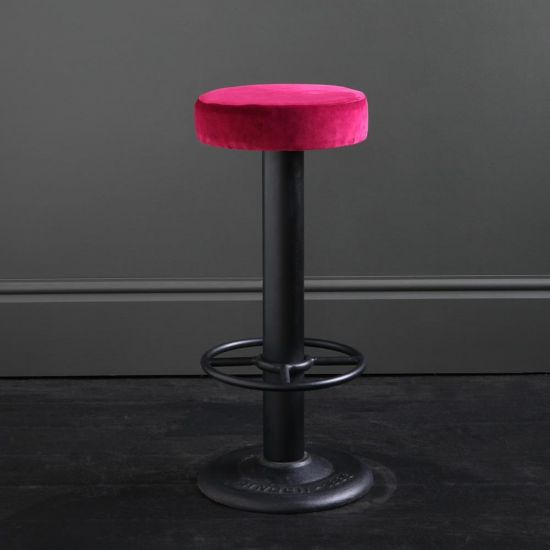 Pole Bar Stool - Tulip Velvet - Black Base - 70