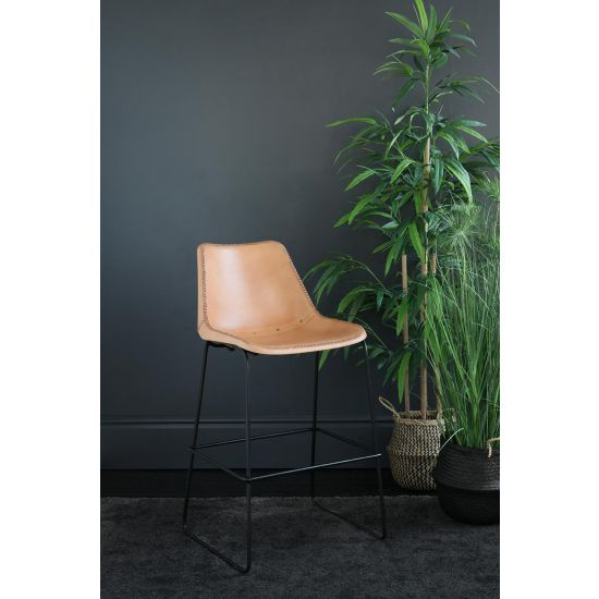 DELUXE ROAD HOSE BAR STOOL WITH HONEY LEATHER SEAT 67 CM