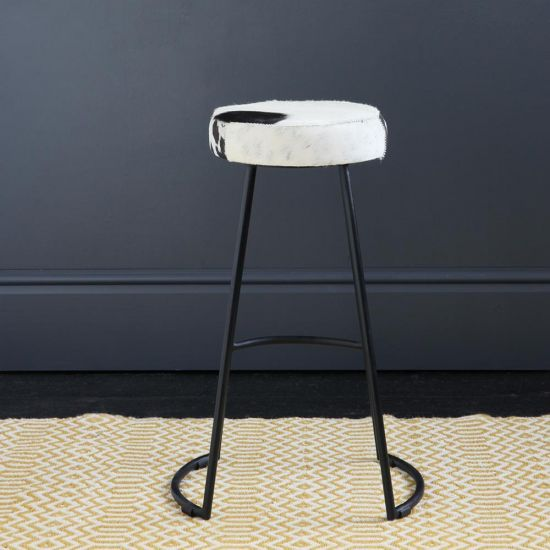 TAPAS INDUSTRIAL BAR STOOL BLACK & WHITE SEAT 67 CM BLACK BASE