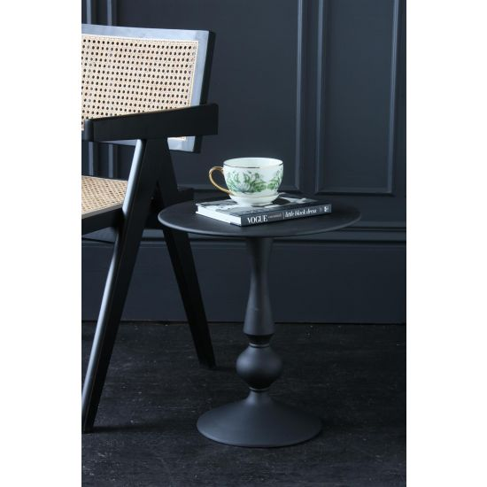 Akhila Pedestal Table